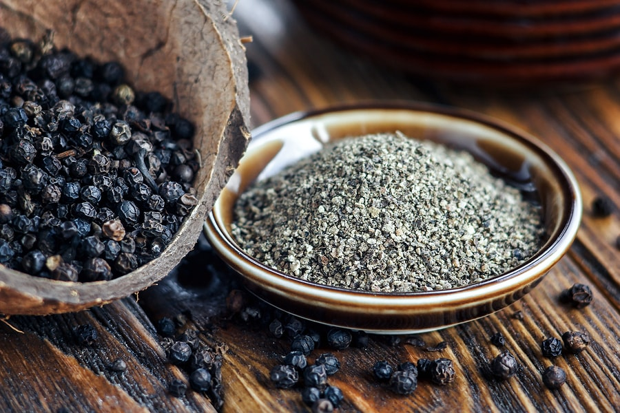 Black Pepper And Piperine: Health Benefits + Side Effects - SelfHacked