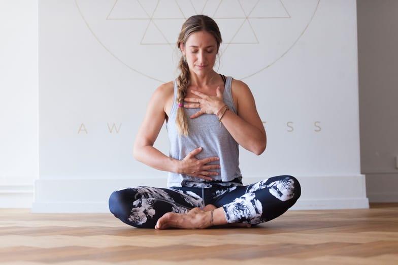 9 Benefits of Binaural Beats (Sleep, Focus, Meditation) - SelfHacked