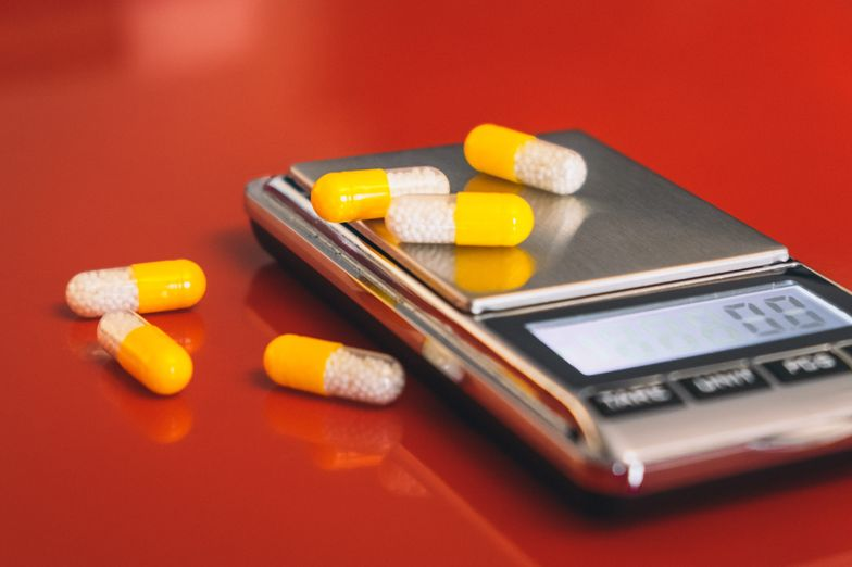 Top 8 Uses of Low Dose Naltrexone (LDN) + Side Effects - SelfHacked